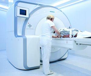 длительность процедуры МРТ головного мозга